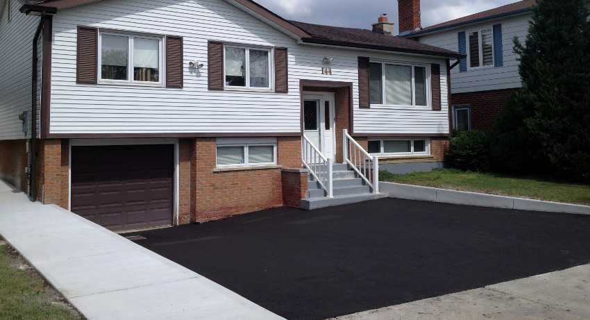 asphalt paving contractor toronto area